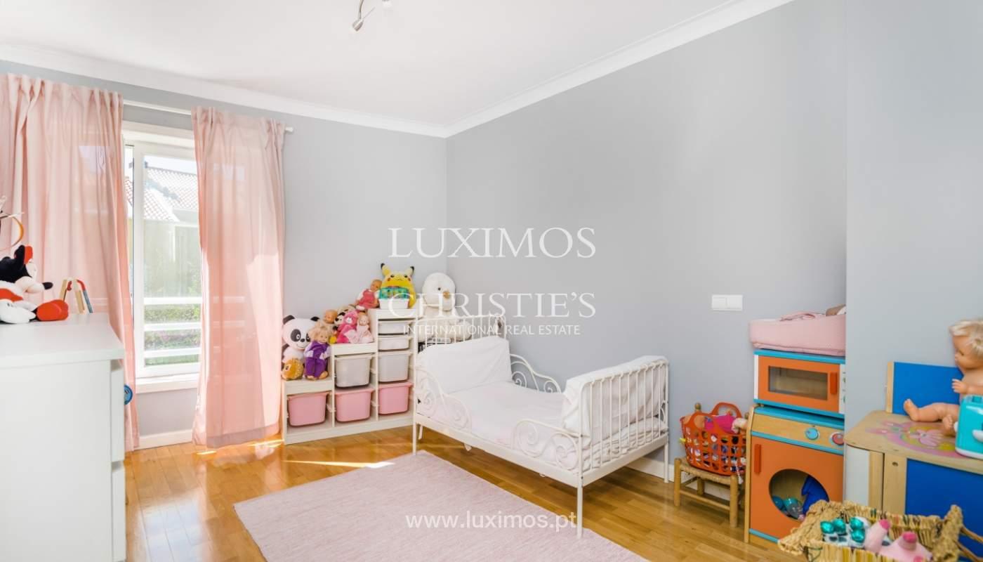 Casa con jardín y piscina interior, en venta, en Foz do Douro, Portugal_146173