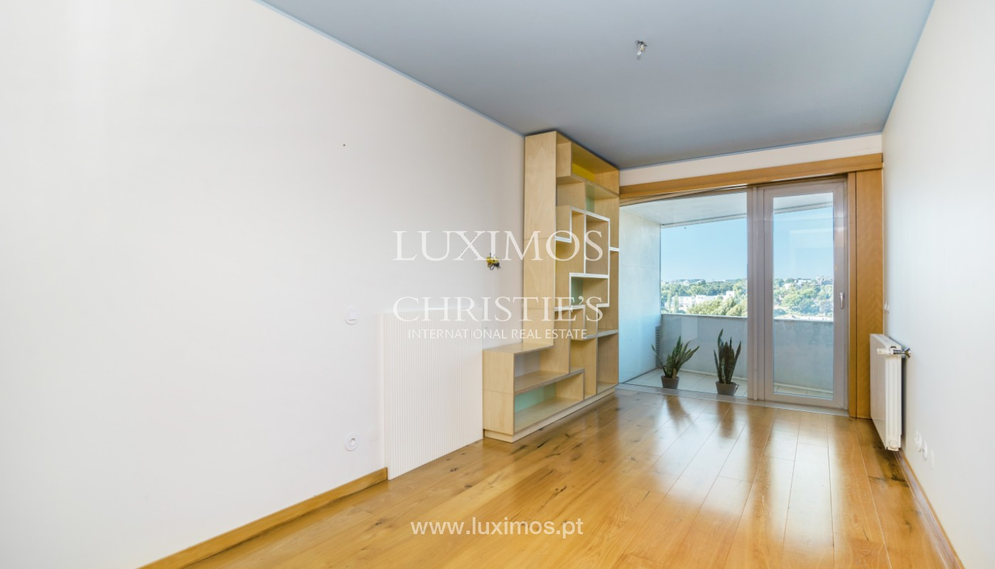 Apartment with river views, for sale, V. N. Gaia, Porto, Portugal_146197