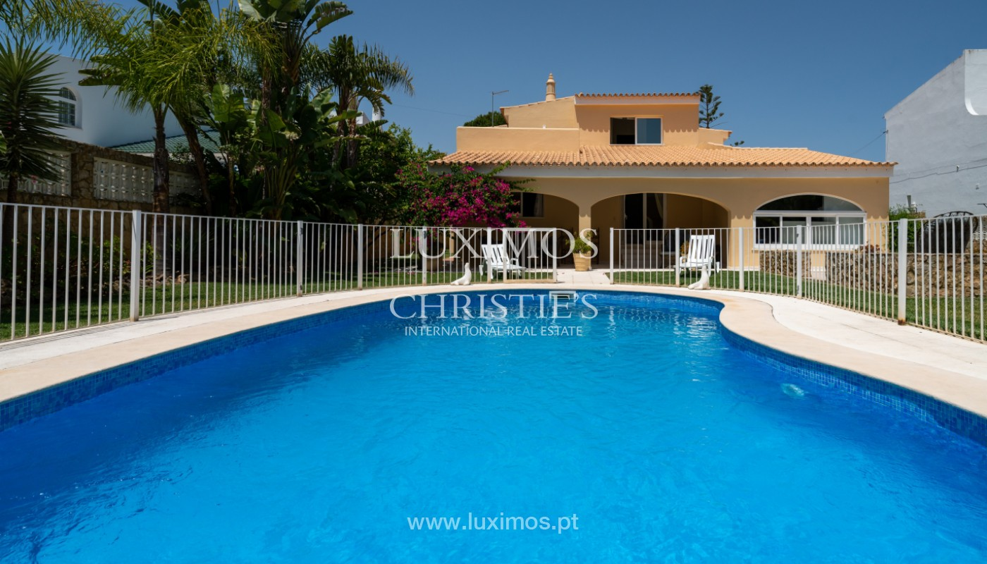 Villa with 5 bedrooms, with pool and garden, Vilamoura, Algarve_146943
