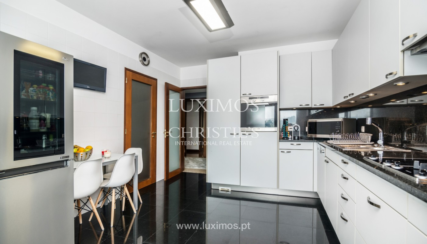Apartamento de luxo em 1.ª linha de rio, para venda, em Gondomar_147427