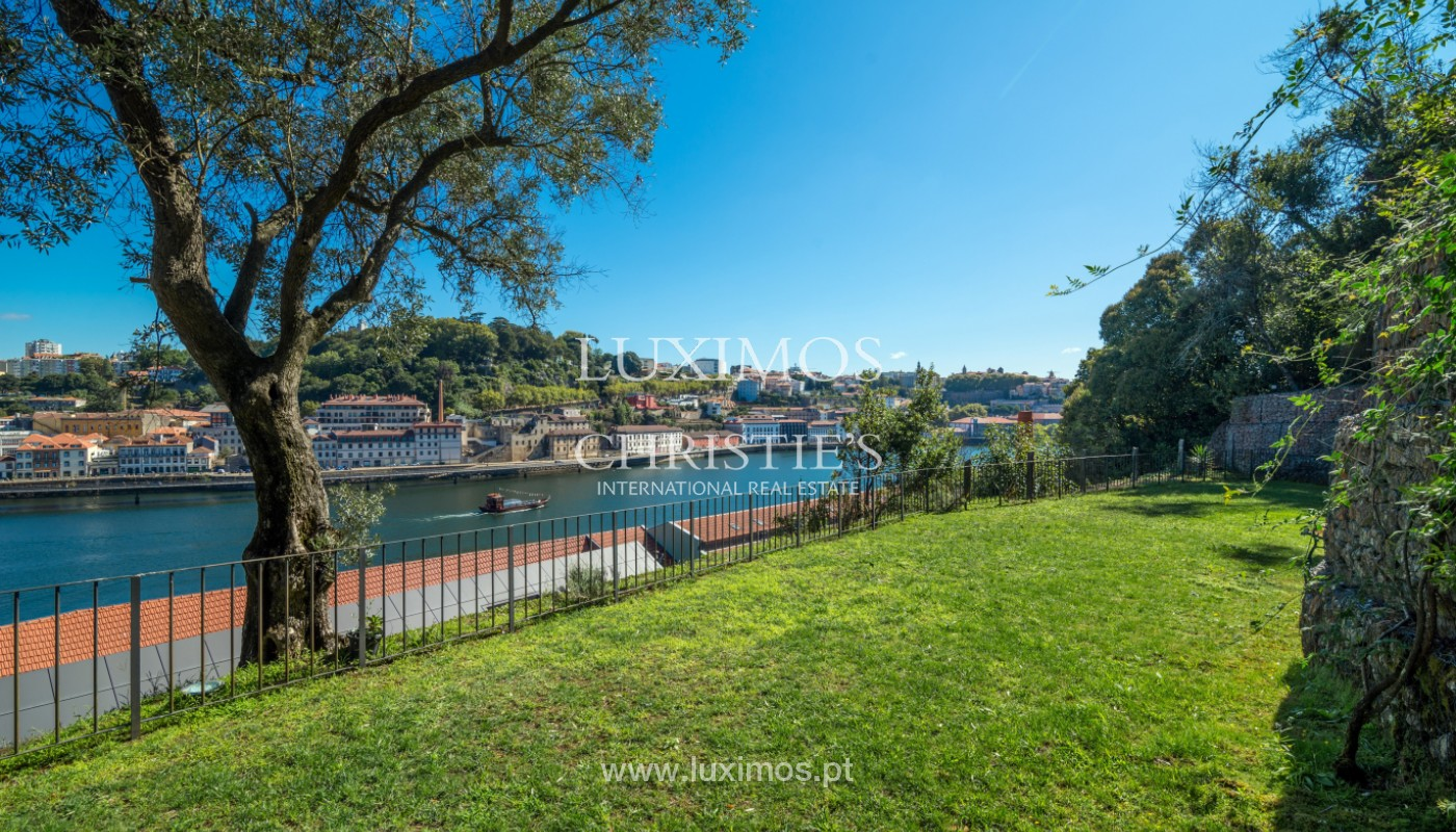 Duplex apartment with river front, V. N. Gaia, Portugal_147571