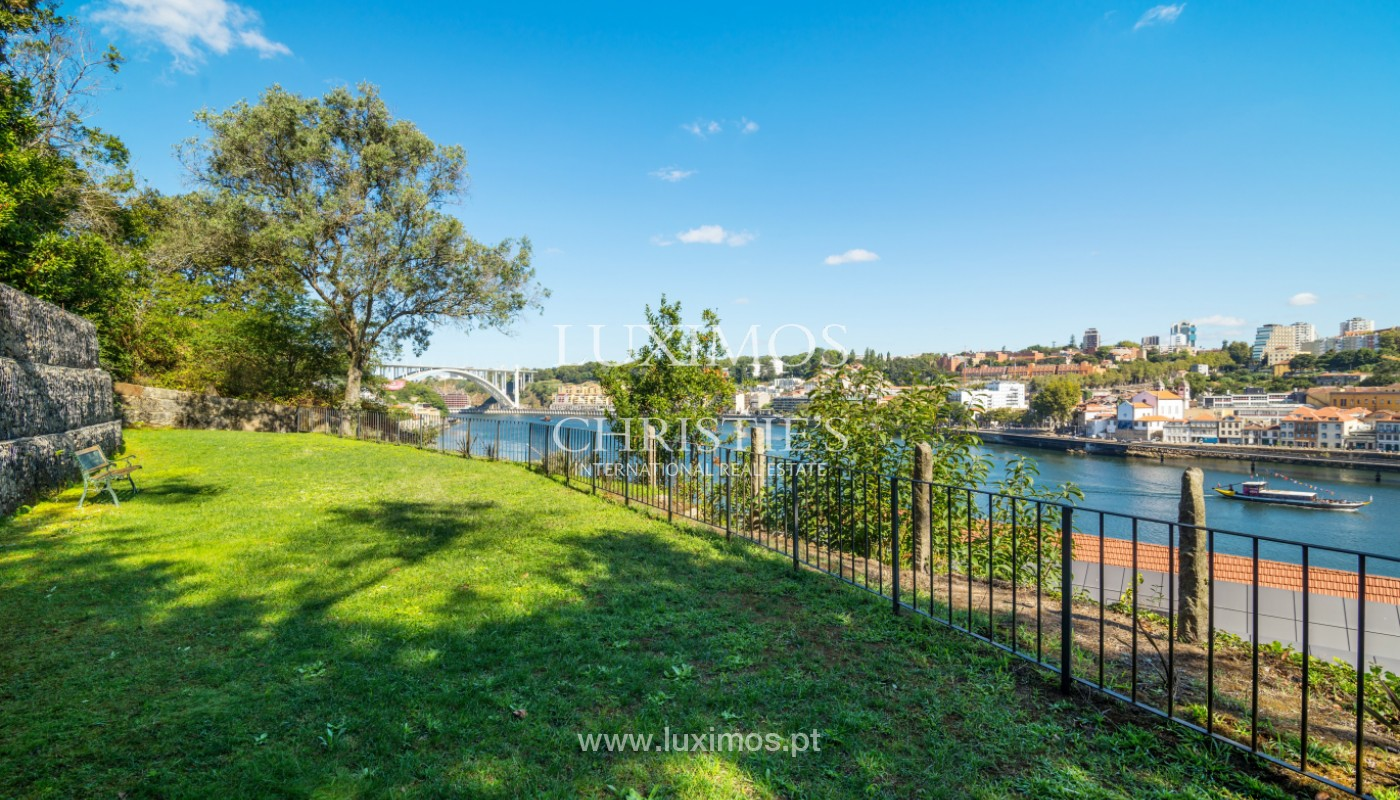 Duplex apartment with river front, V. N. Gaia, Portugal_147573