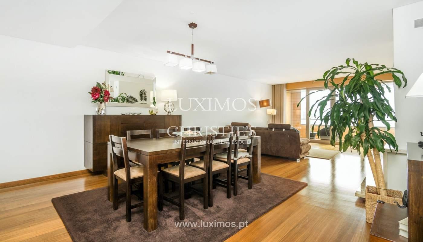 Sale: apartment with balcony and river views, Campanhã, Porto, Portugal_147580