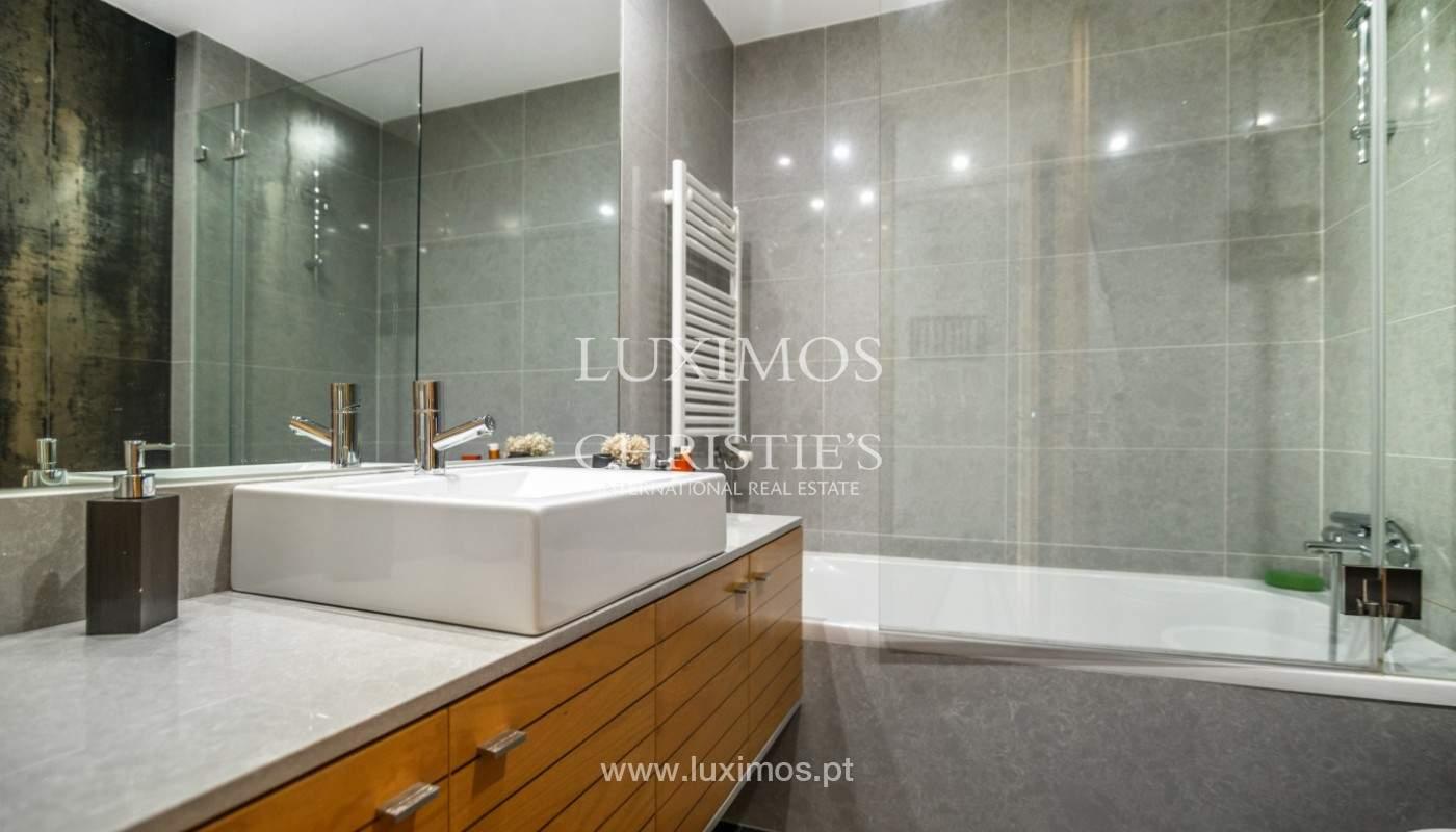 Sale: apartment with balcony and river views, Campanhã, Porto, Portugal_147597