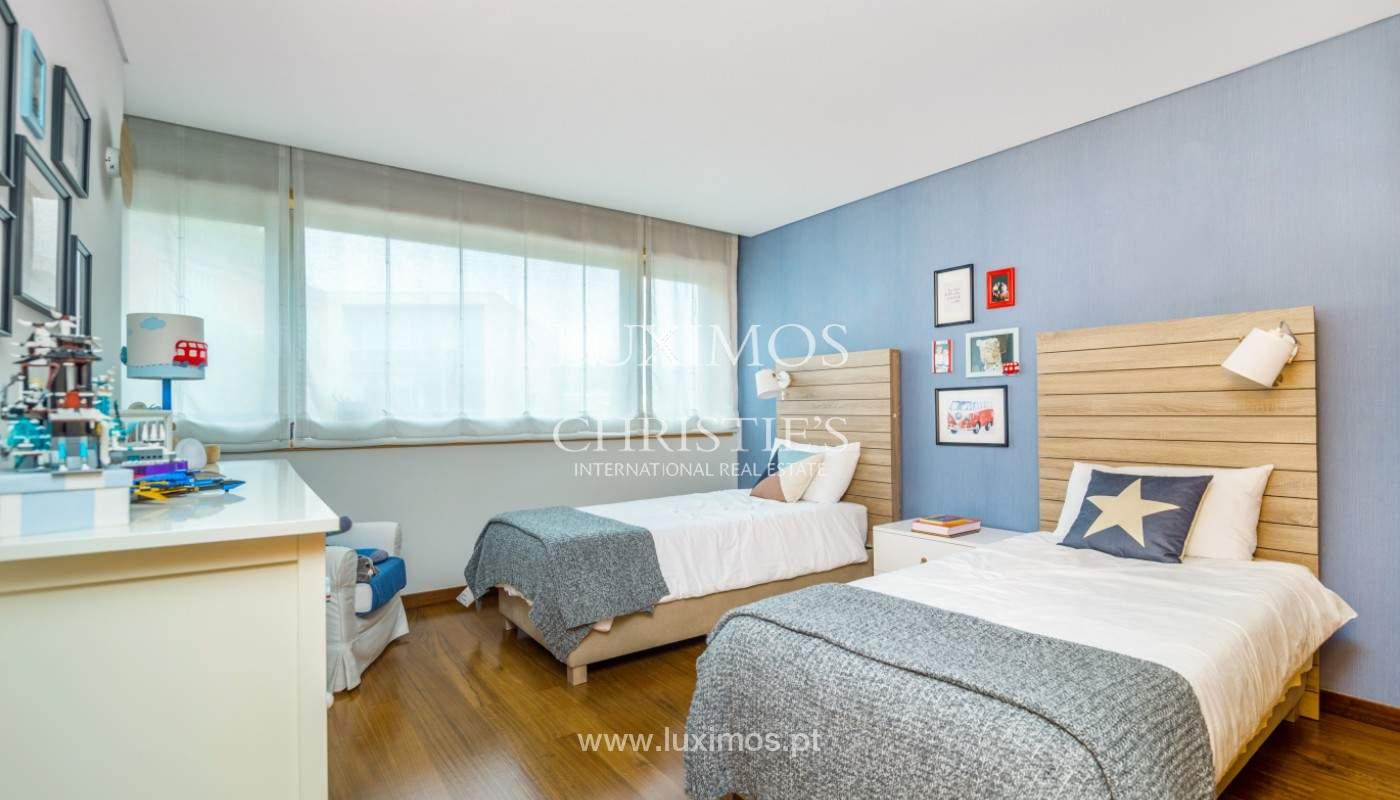 Sale: apartment with balcony and river views, Campanhã, Porto, Portugal_147601