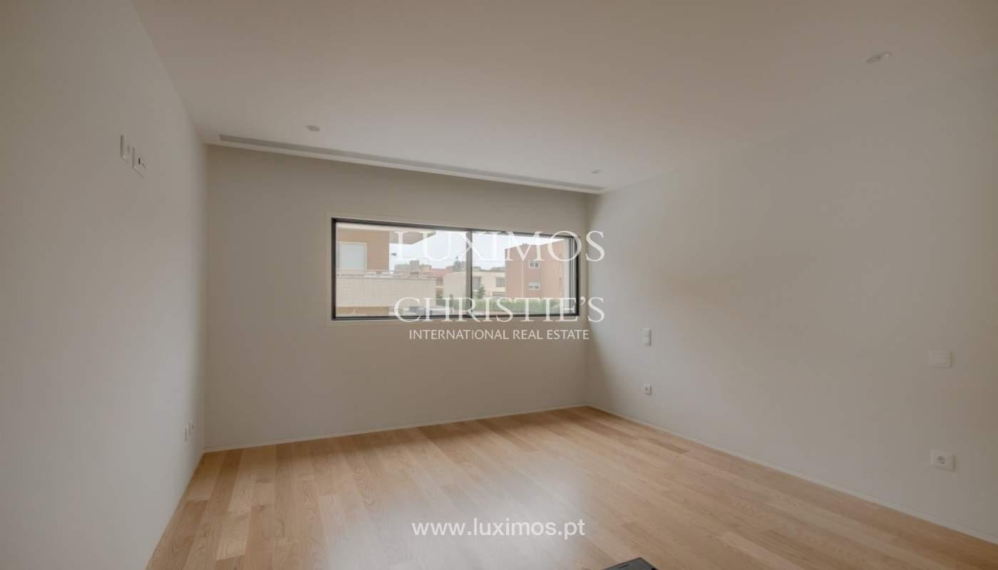 Venda de moradia de luxo com terraço, em Vila Nova de Gaia_148122