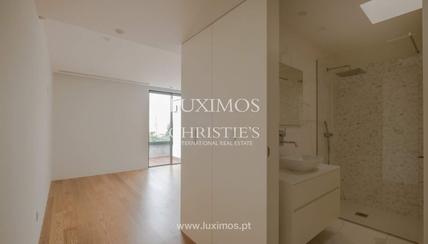 Sale of luxury villa with terrace, in Vila Nova de Gaia, Portugal_148133
