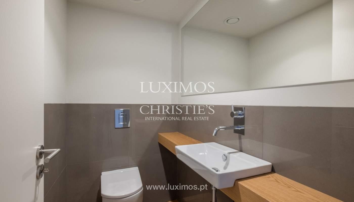 Sale of luxury villa with terrace, in Vila Nova de Gaia, Portugal_148142