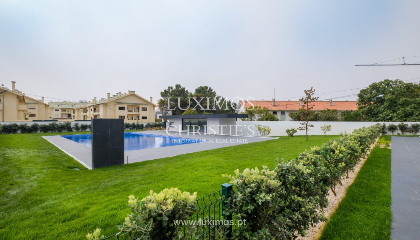 Sale of luxury villa with terrace, in Vila Nova de Gaia, Portugal_148208