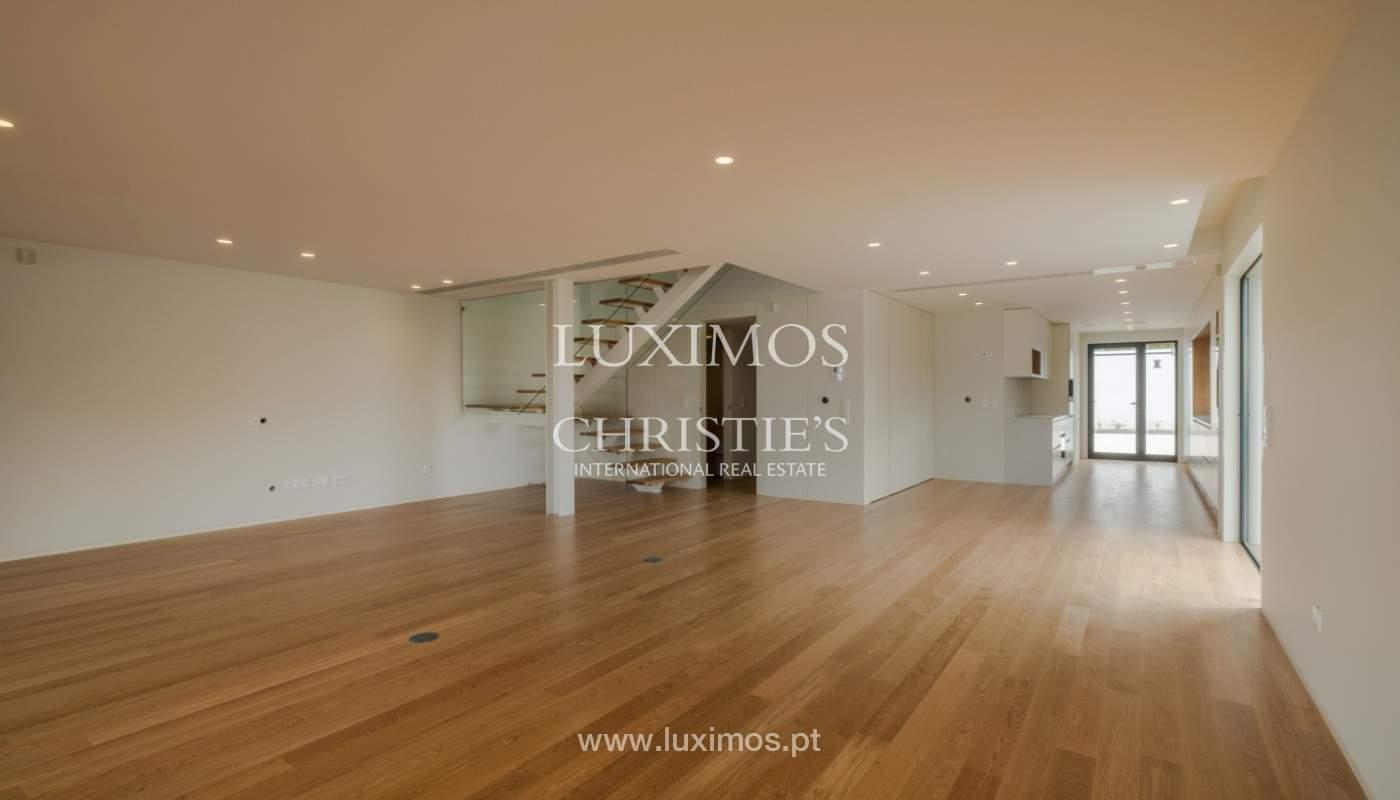 Sale of luxury villa with terrace, in Vila Nova de Gaia, Portugal_148285