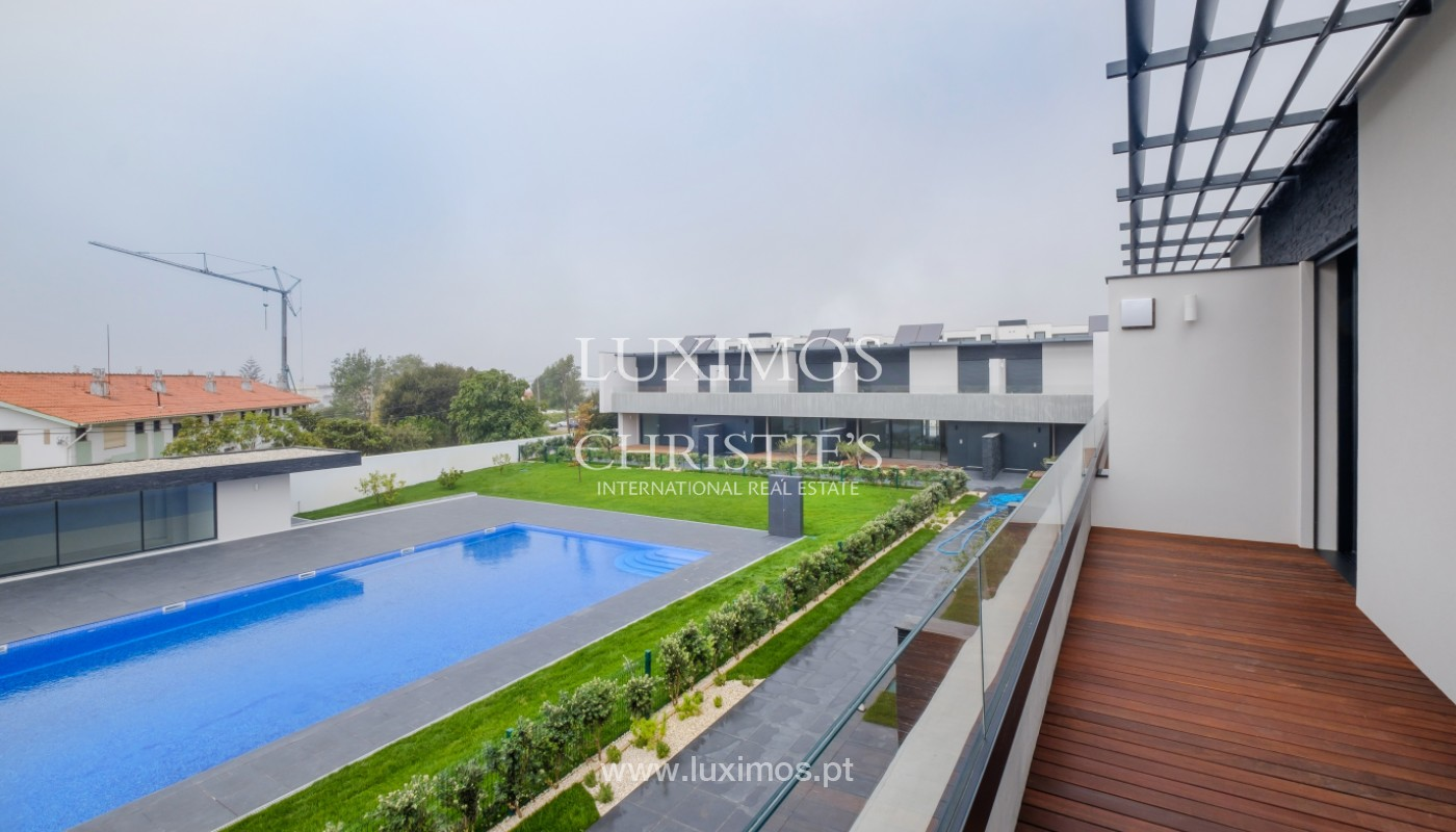 Sale of luxury villa with terrace, in Vila Nova de Gaia, Portugal_148307