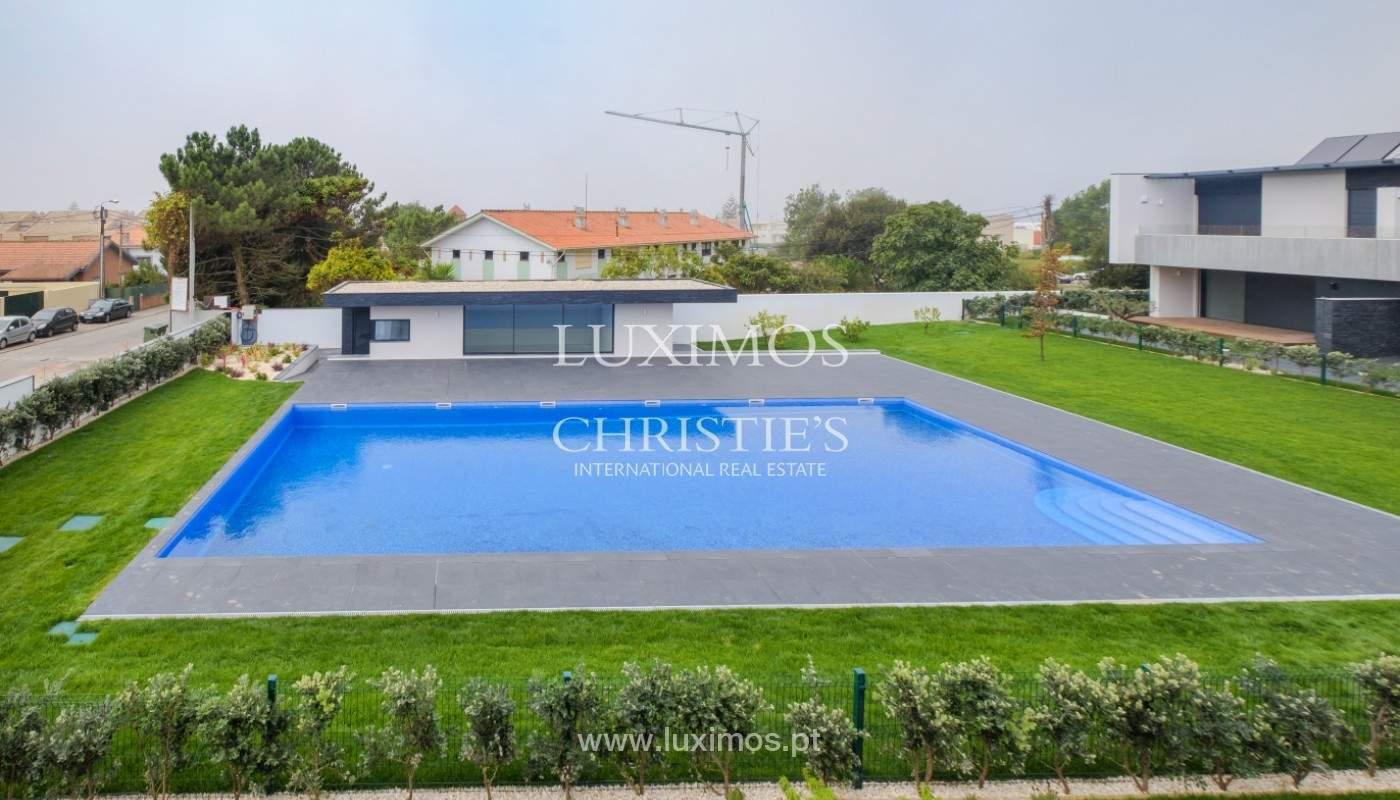 Sale of luxury villa with terrace, in Vila Nova de Gaia, Portugal_148308