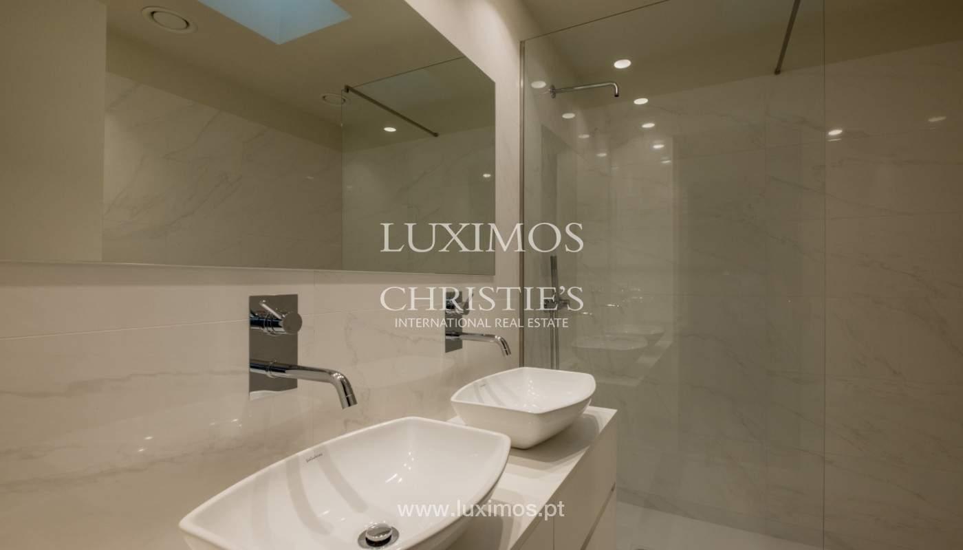 Sale of luxury villa with terrace, in Vila Nova de Gaia, Portugal_148317