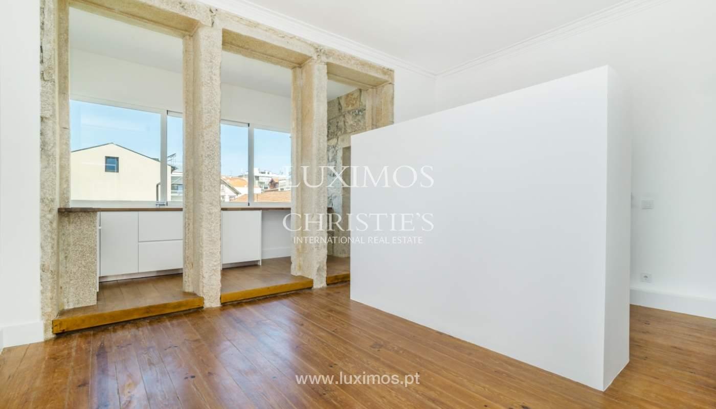 Venda de apartamento remodelado, no Centro do Porto_148661