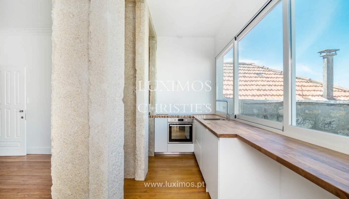 Venda de apartamento remodelado, no Centro do Porto_148662