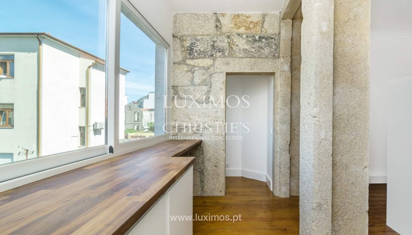 Venda de apartamento remodelado, no Centro do Porto_148663