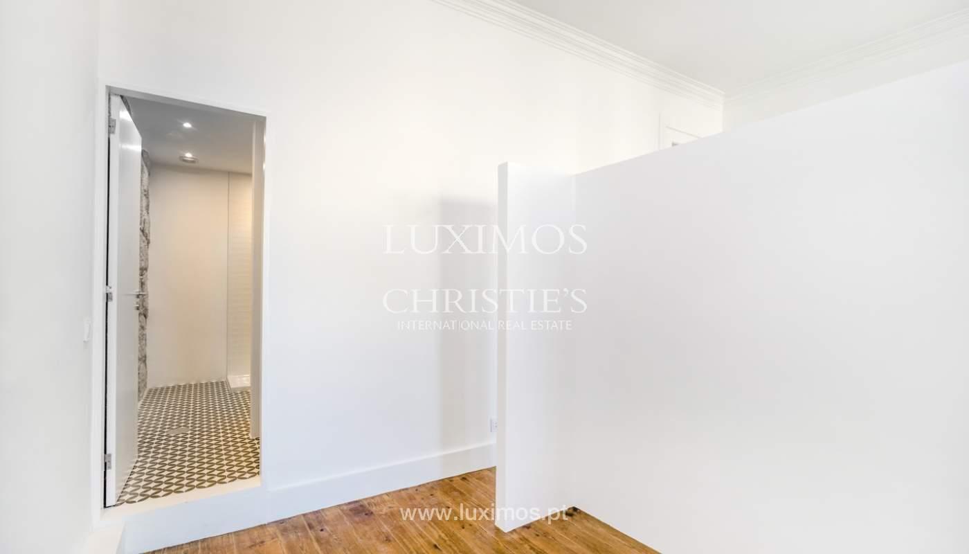 Venda de apartamento remodelado, no Centro do Porto_148667