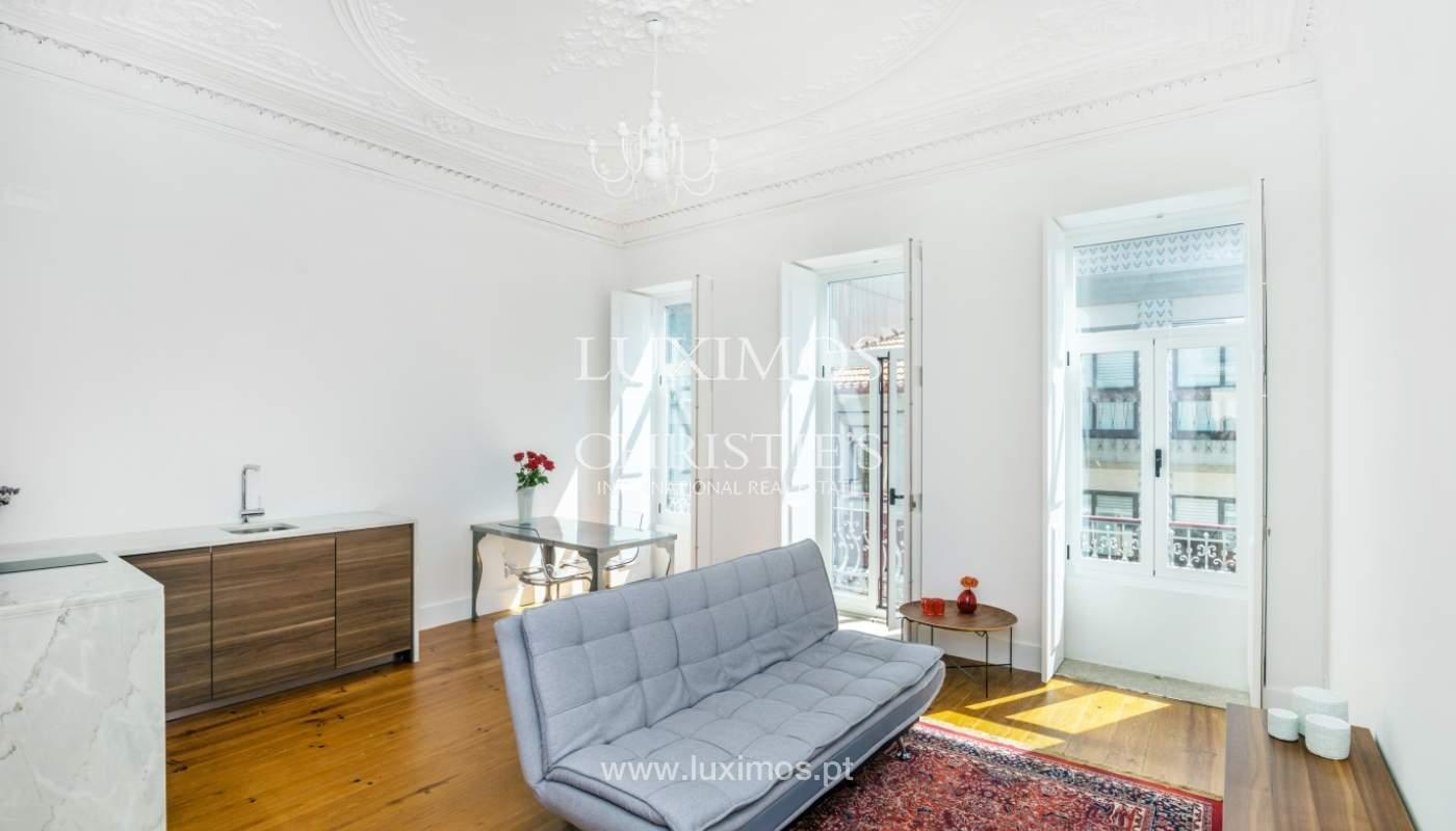 Venda de apartamento remodelado, no Centro do Porto_148669