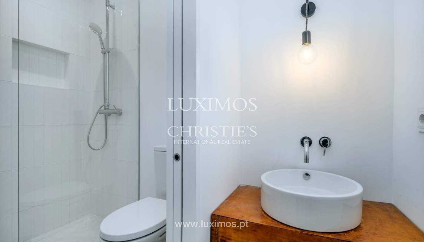 Venda de apartamento remodelado, no Centro do Porto_148675