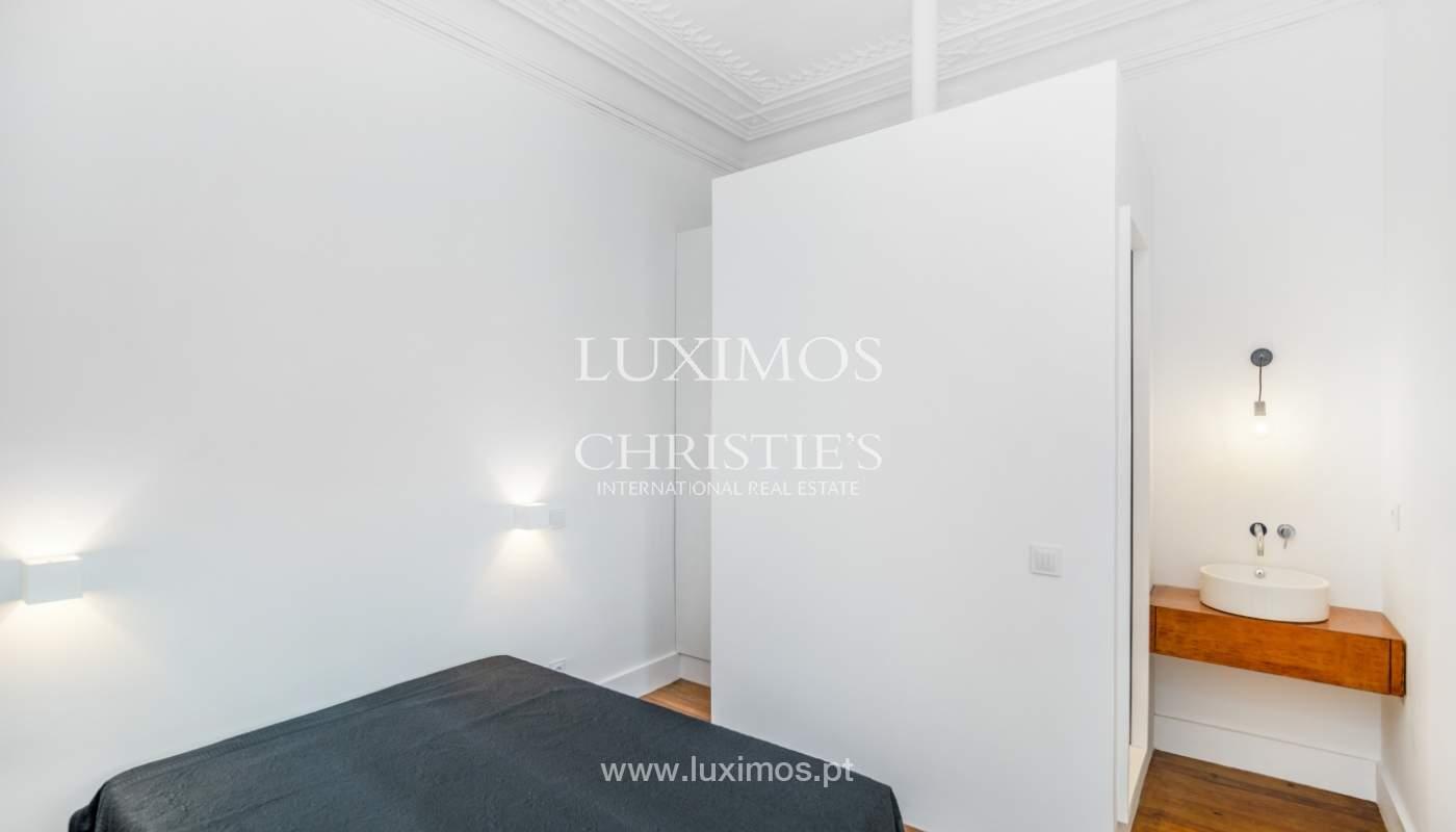 Venda de apartamento remodelado, no Centro do Porto_148676