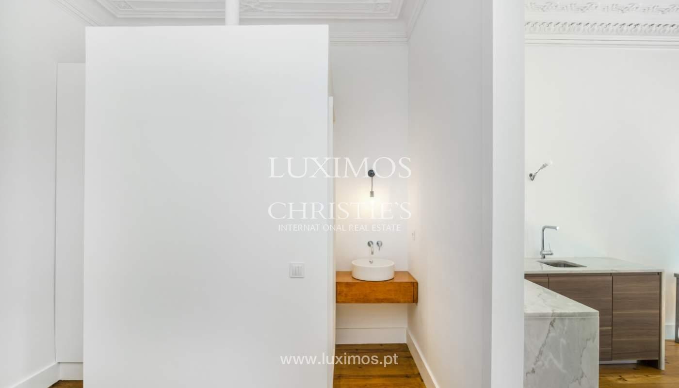 Venda de apartamento remodelado, no Centro do Porto_148679