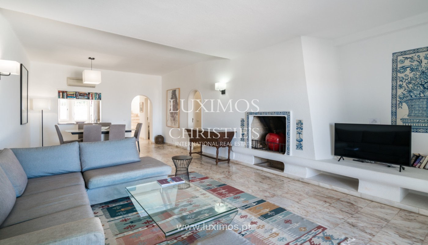 Luxury 3 bedroom villa, with swimming pool, for sale, Vale do Lobo, Algarve_148684