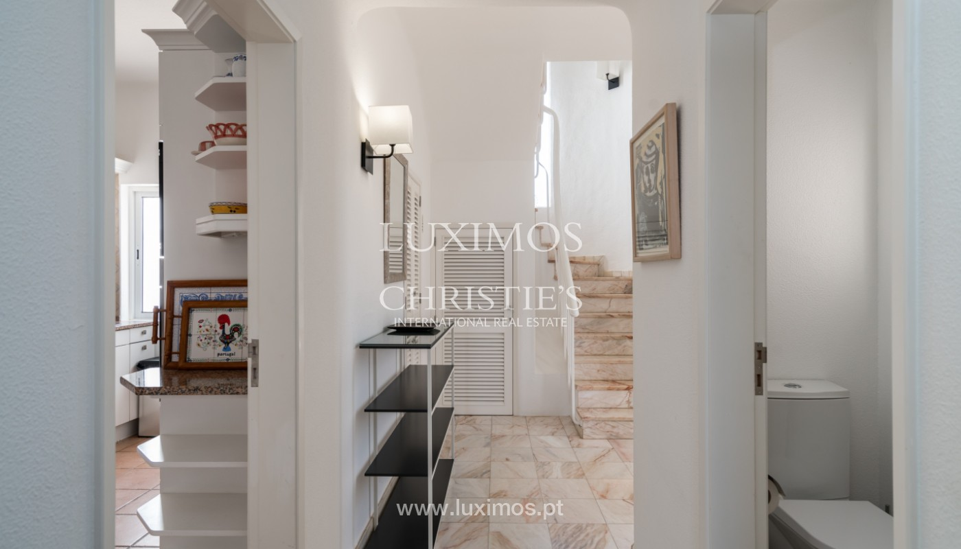 Luxury 3 bedroom villa, with swimming pool, for sale, Vale do Lobo, Algarve_148696