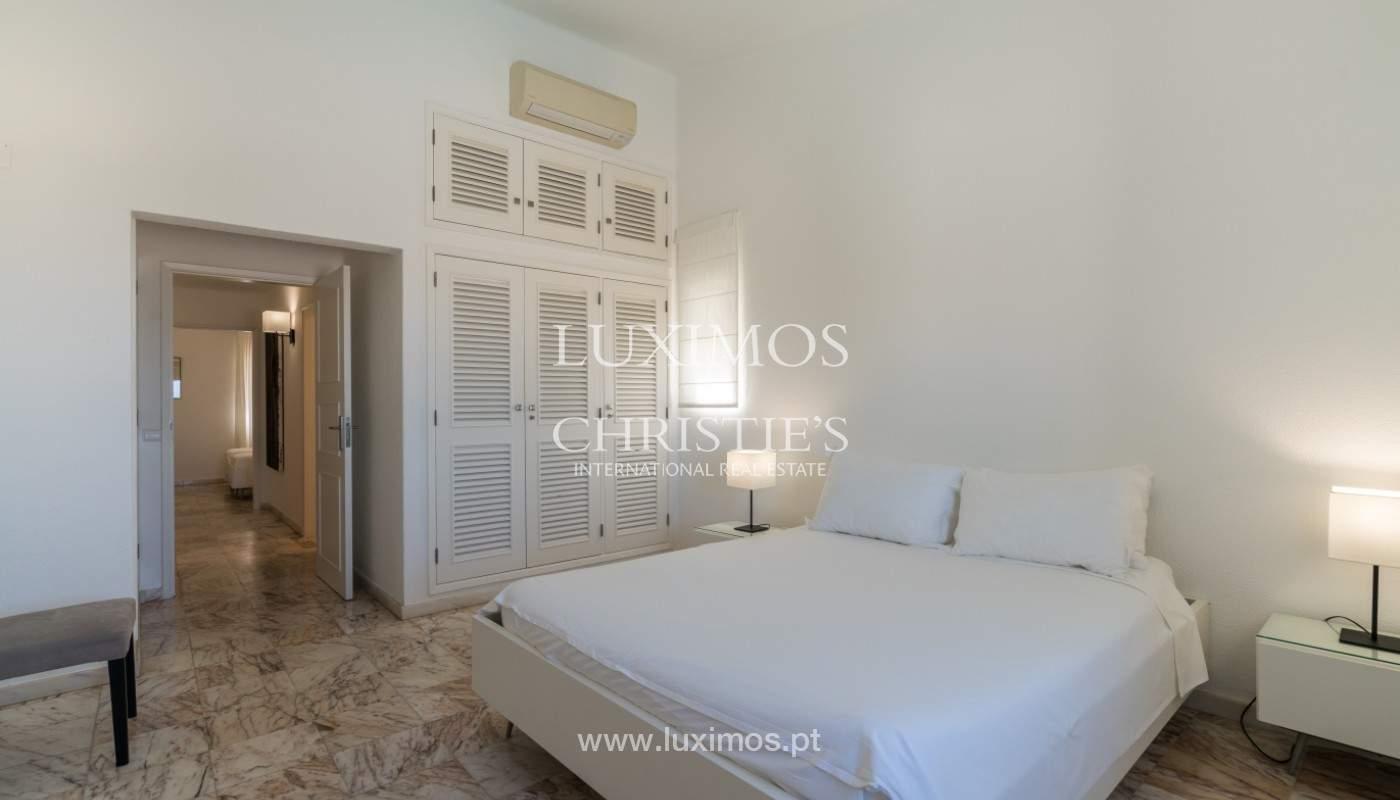 Luxuosa moradia V3, com piscina, para venda, Vale do Lobo, Algarve_148709