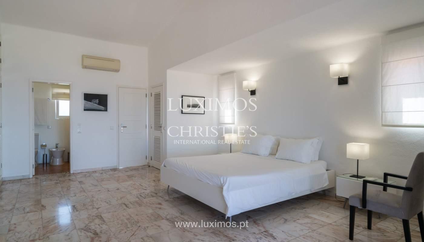 Luxuosa moradia V3, com piscina, para venda, Vale do Lobo, Algarve_148720