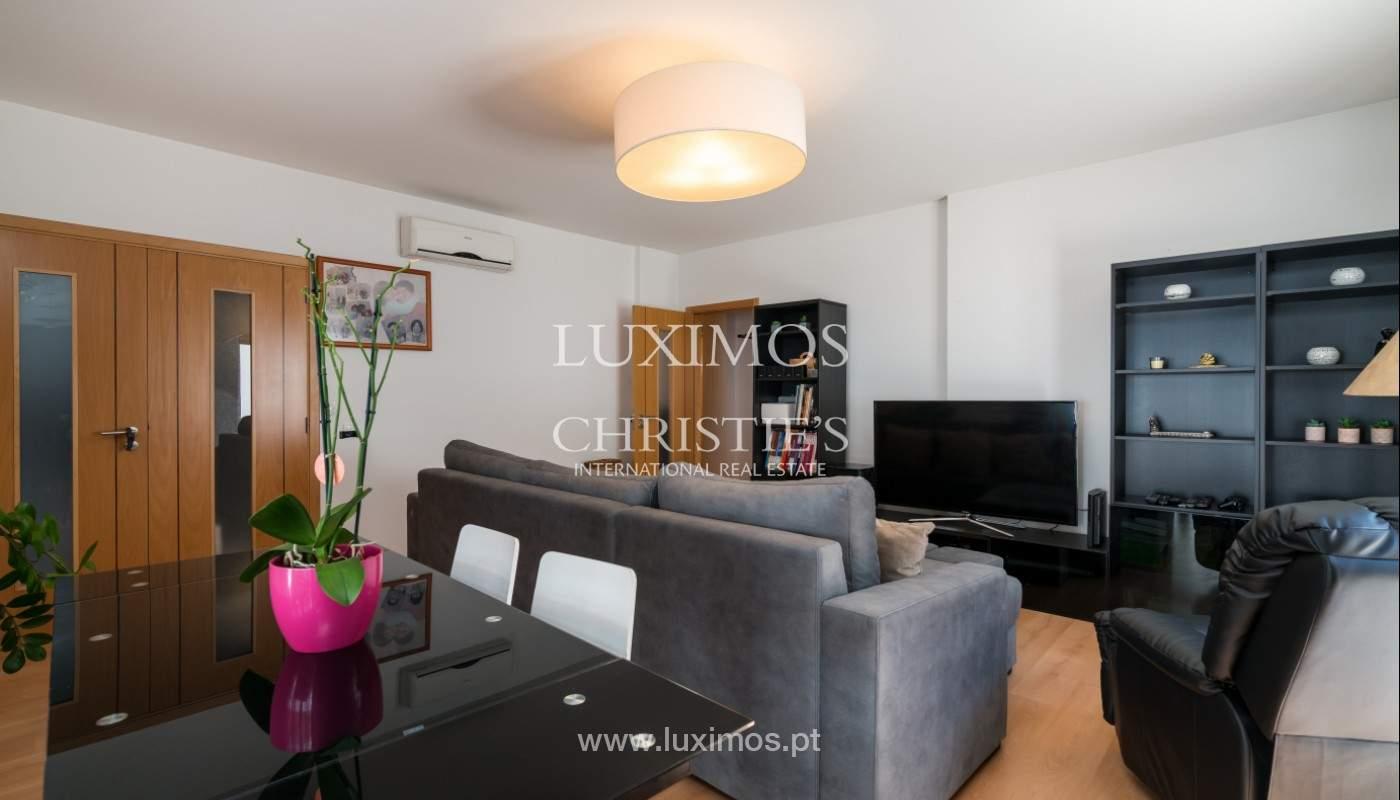 Apartamento de 3 habitaciones, con gran terraza, Faro, Algarve_148746