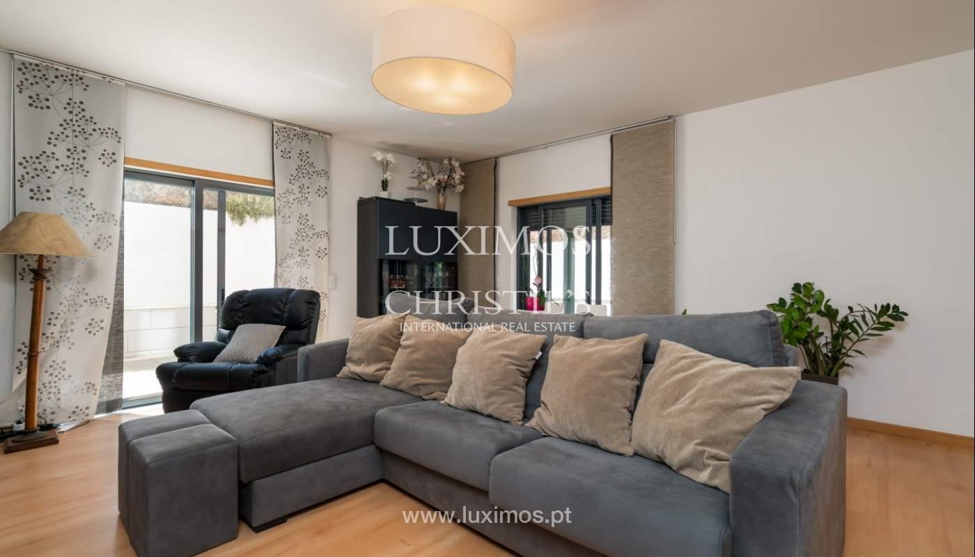 Apartamento de 3 habitaciones, con gran terraza, Faro, Algarve_148747