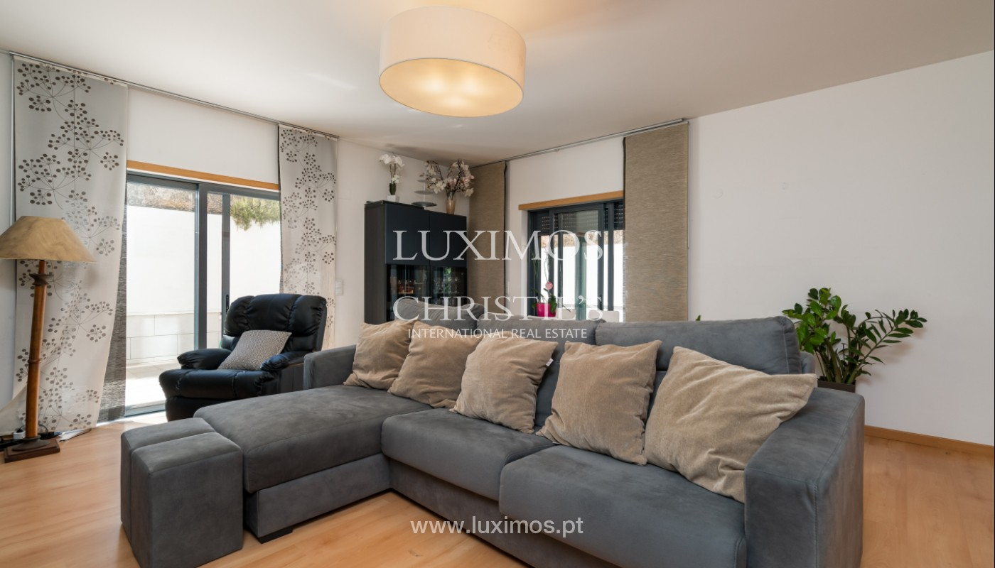 Apartamento T3, com amplo terraço, Gambelas, Montenegro, Faro, Algarve_148747
