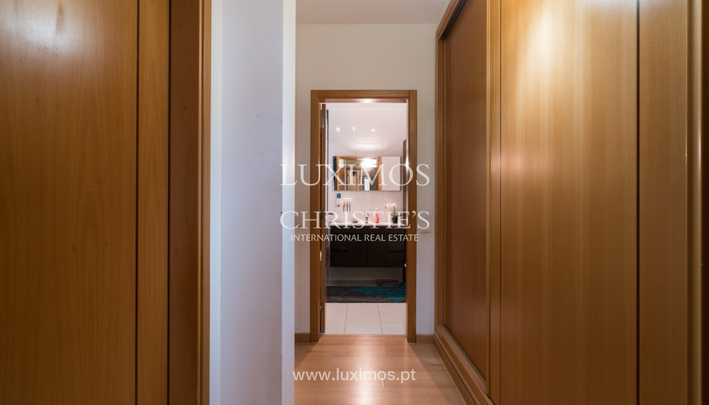 Apartamento de 3 habitaciones, con gran terraza, Faro, Algarve_148755