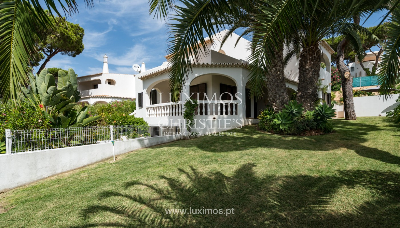 Villa with 3 bedrooms with Swimming Pool, for sale, Almancil, Algarve_148883