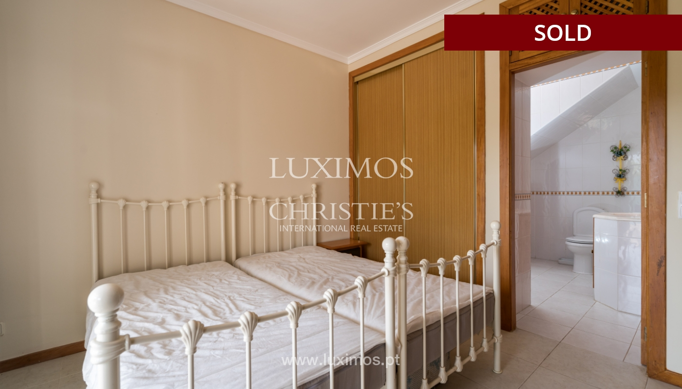 Villa de 2 dormitorios, con piscina, en venta, Carvoeiro, Algarve_149416