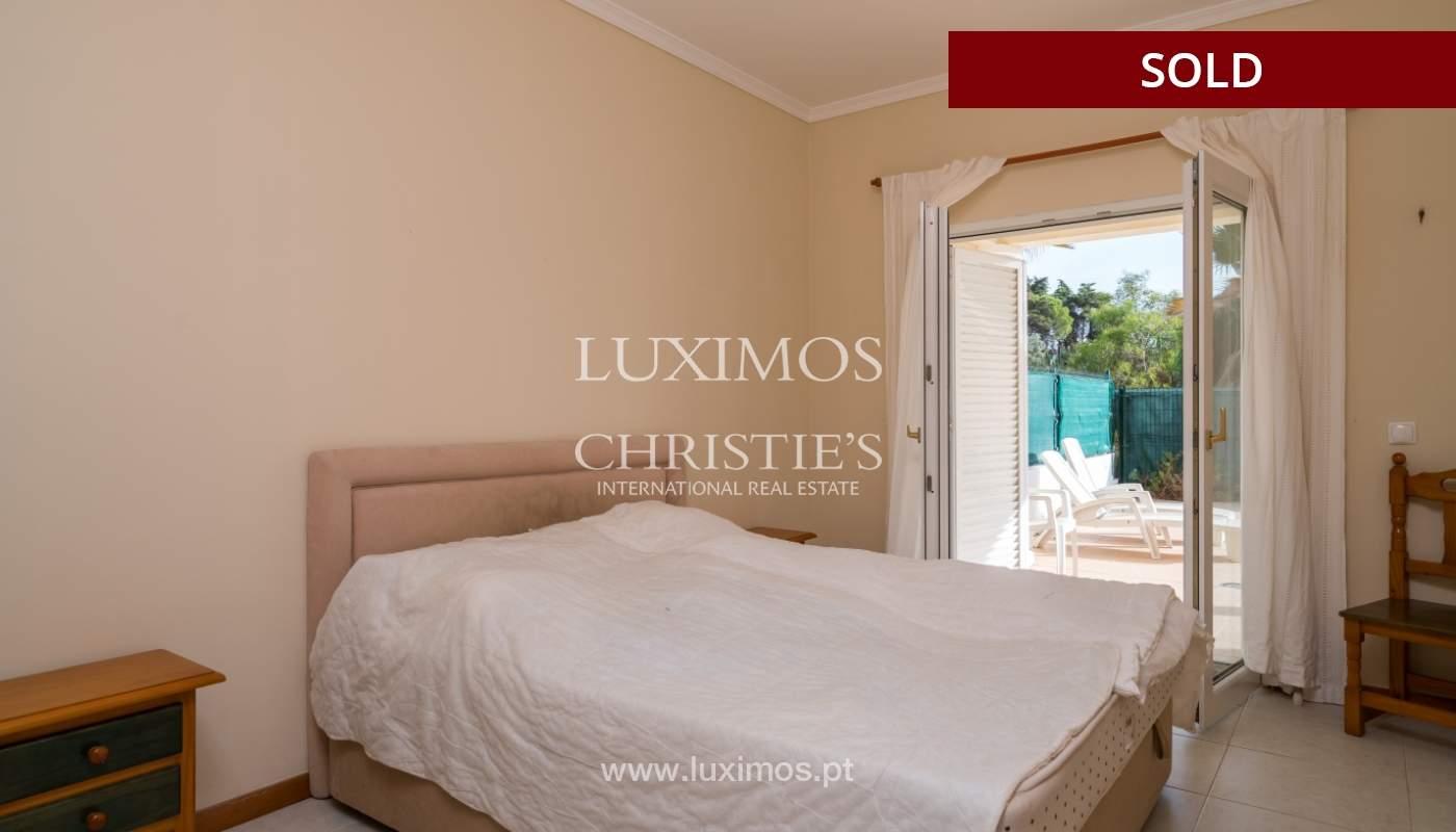 Villa de 2 dormitorios, con piscina, en venta, Carvoeiro, Algarve_149419