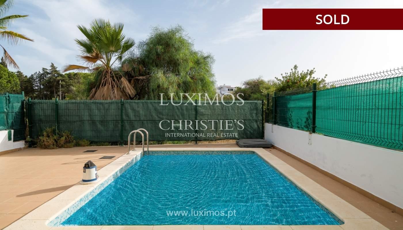 Villa de 2 dormitorios, con piscina, en venta, Carvoeiro, Algarve_149484