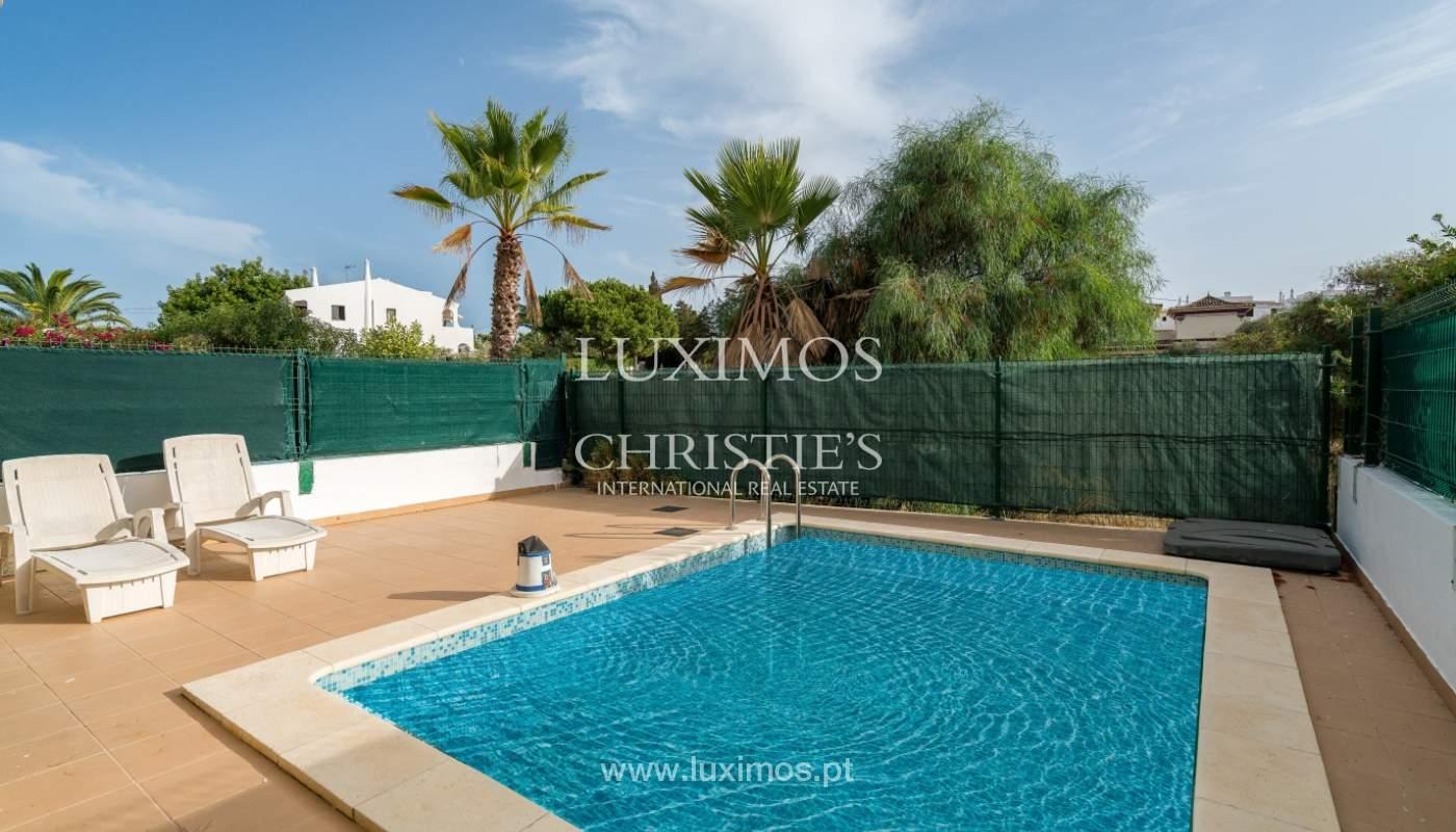Villa de 2 dormitorios, con piscina, en venta, Carvoeiro, Algarve_149486