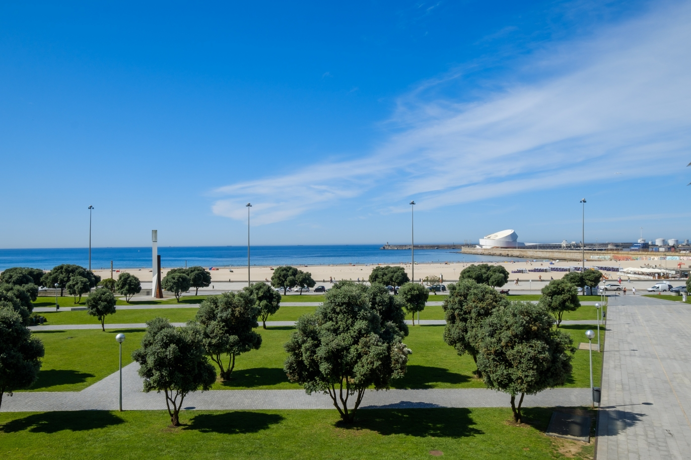 sale-of-luxury-apartment-by-the-beach-matosinhos-porto-portugal