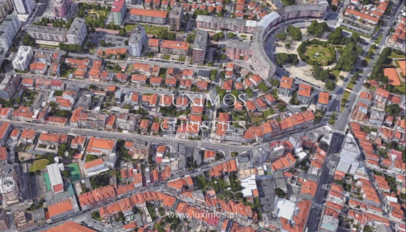 Appartement en cours de rénovation, à vendre, à Porto, Portugal_149769