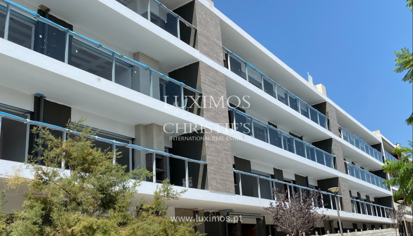 Apartamento de 3 habitaciones, condominio privado, Faro, Algarve_150070