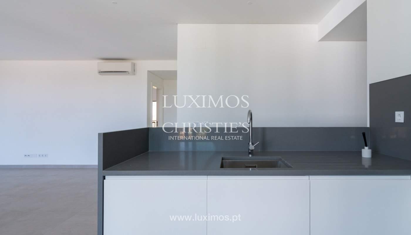 Apartamento novo T2, condominio privado, Vilamoura, Algarve_150124