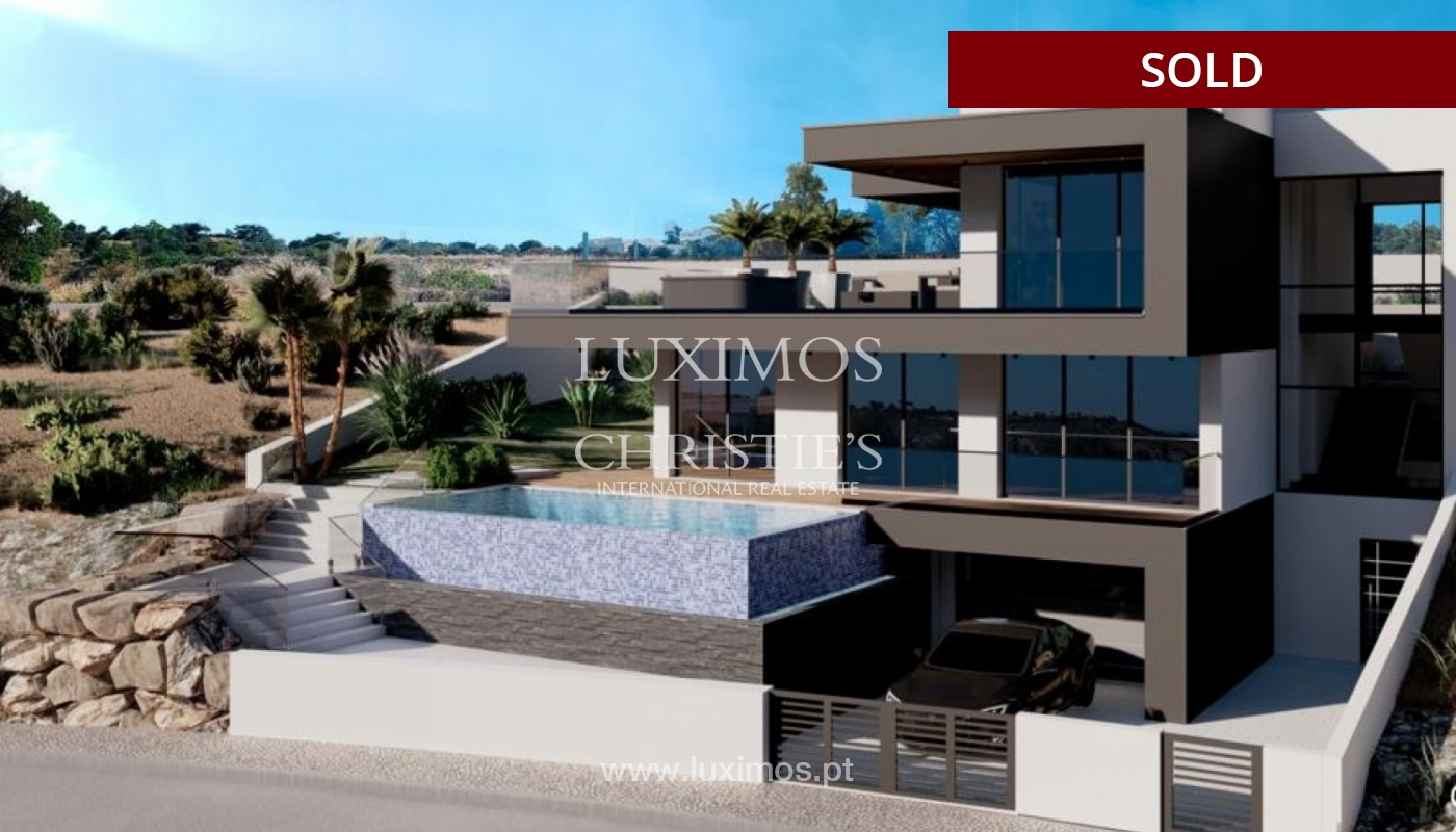 Villa with 4 Bedrooms, swimming pool, under construction, Albufeira, Algarve_150209