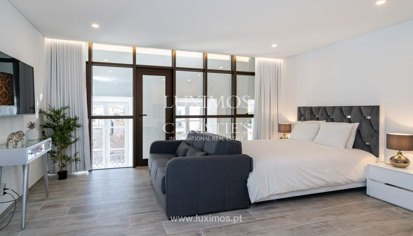 Immeuble avec appartements et espaces commerciaux, Centre de Faro, Algarve_150474