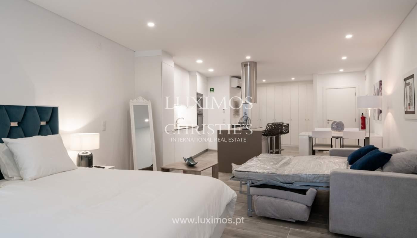 Immeuble avec appartements et espaces commerciaux, Centre de Faro, Algarve_150512