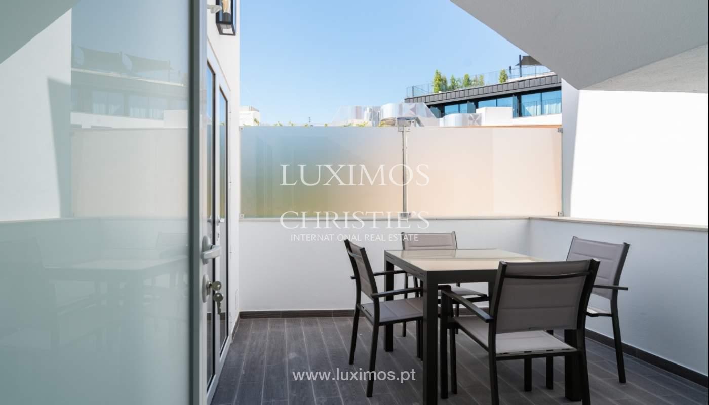 Immeuble avec appartements et espaces commerciaux, Centre de Faro, Algarve_150532