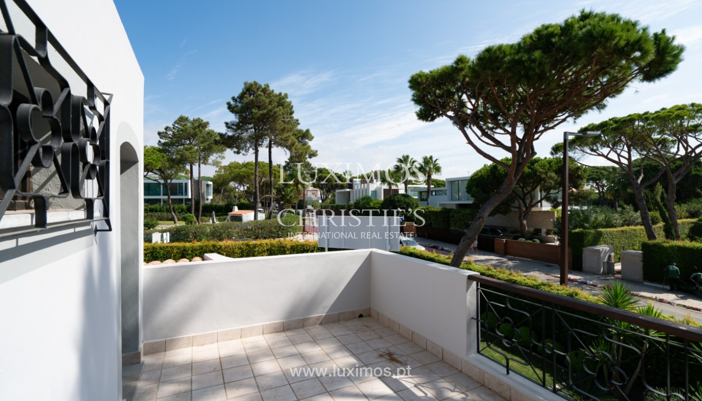 Villa traditionnelle à vendre, avec piscine, Vale do lobo, Algarve_150632