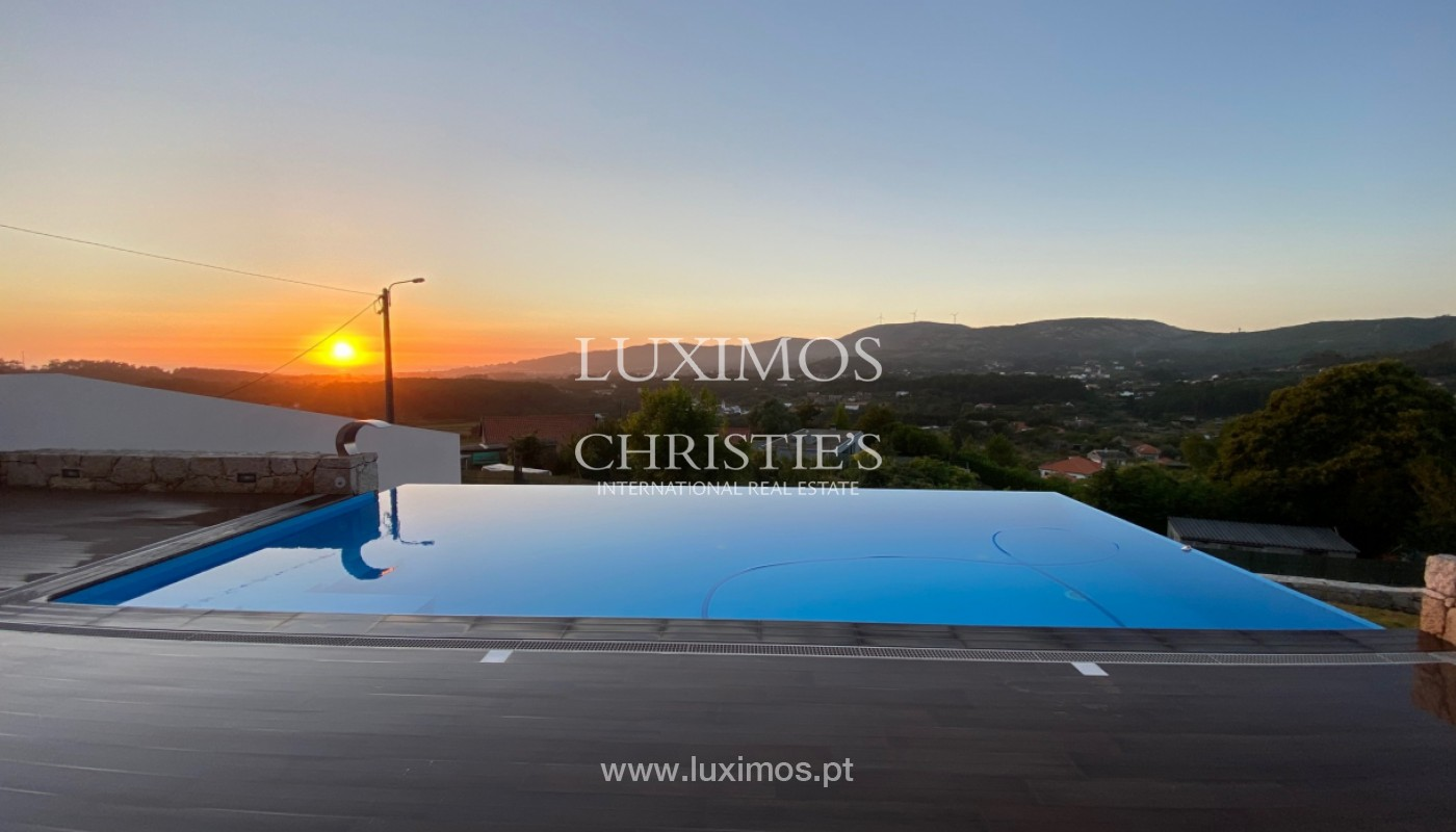 New luxury villa, for sale, in Freixieiro de Soutelo, V. Castelo, Portugal_150727