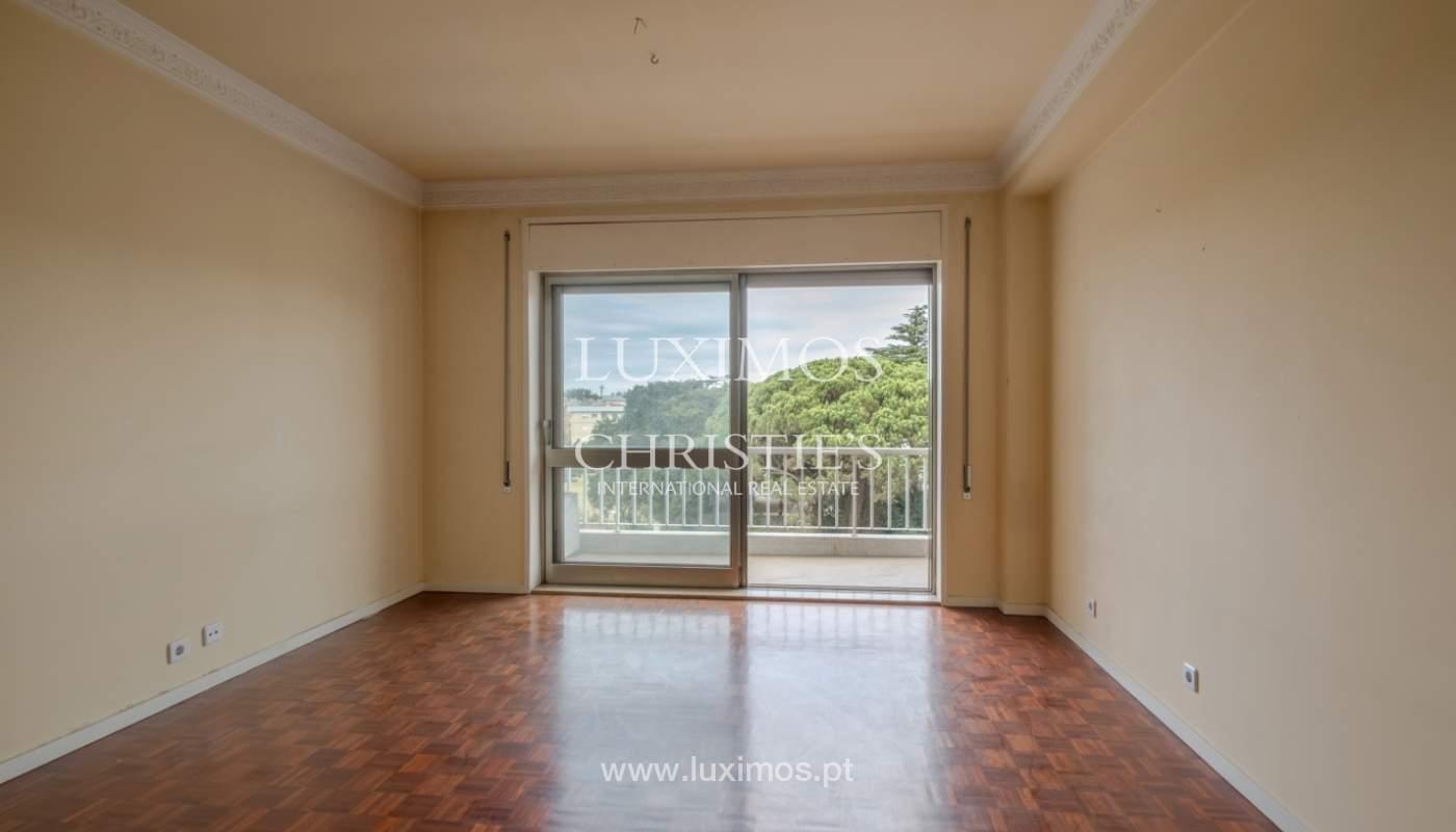 Arrendamento de apartamento com varanda, na Boavista_150945