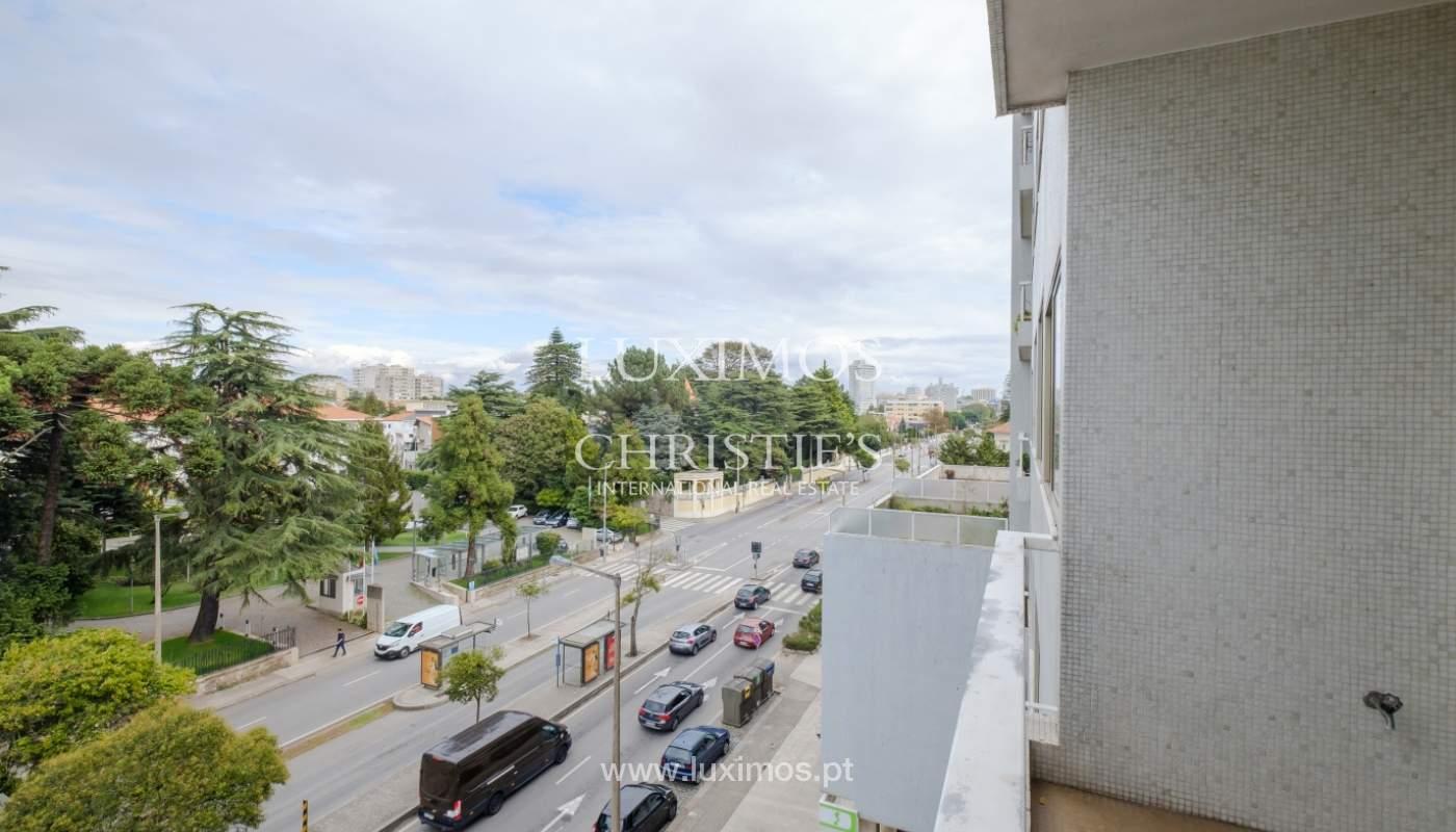 Arrendamento de apartamento com varanda, na Boavista_150947